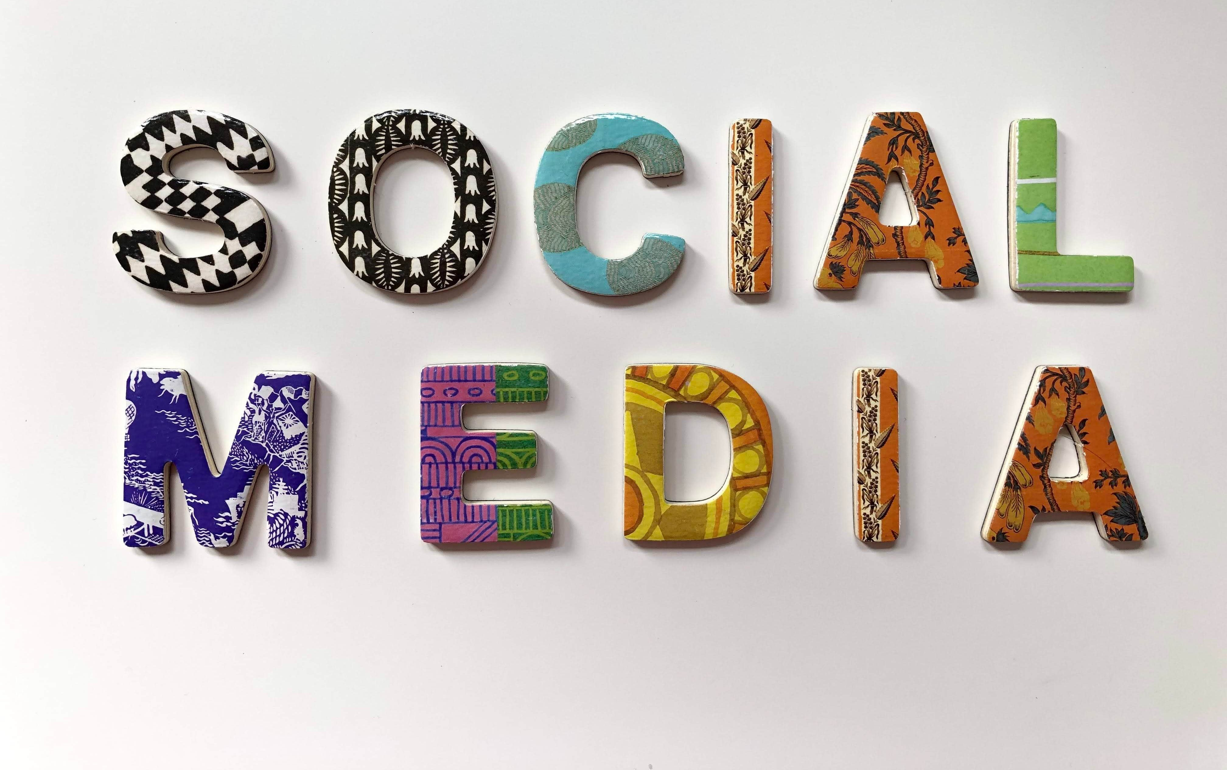 Social Media Etiquette: The Dos and Don'ts